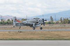Douglas AD-4NA Skyraider på skärm Arkivbilder
