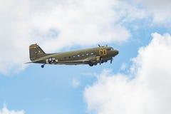 Douglas C-47 Skytrain på skärm Royaltyfri Bild