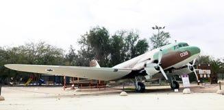 DOUGLAS DS-3/cen-47 - Dakota - transportera flygplan Arkivbild