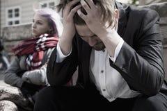 Douleur de la querelle Serment frustrant fâché des jeunes Images stock
