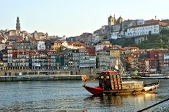 Douro river and traditional boats in Oporto royalty free stock photos