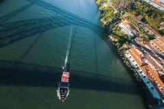 Douro rzeczny widok od Dom Luis Porto, Portugalia przerzucam most Podróż Obraz Royalty Free