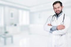 Doutor com estetoscópio Fotos de Stock