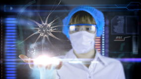 Doutor com a tabuleta futurista da tela do hud Neurônios, impulsos do cérebro Conceito médico do futuro ilustração royalty free
