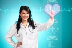 Doutor da medicina que trabalha com relação futurista Imagens de Stock