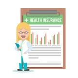 Doutor da mulher, enfermeira no fundo do formulário do seguro de saúde Imagens de Stock