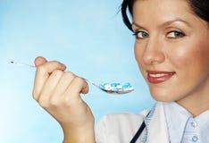Doutor fêmea novo Fotografia de Stock Royalty Free