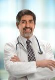 Doutor latino-americano maduro Foto de Stock Royalty Free