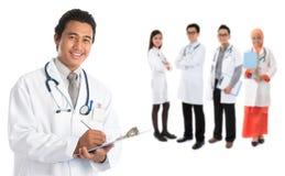 Doutores asiáticos do sudeste Fotografia de Stock