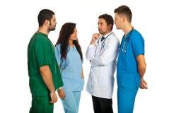 Doutores que têm a conversação Fotografia de Stock Royalty Free
