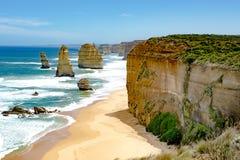 Douze apôtres, Australie, lumière de matin aux apôtres de la formation de roche douze Image libre de droits