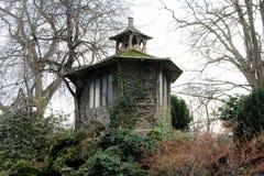 Dovecote, великолепный dovecote расположенный в парке стоковые изображения