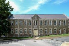 Dover Castle, Dôvar, Kent, Reino Unido - 17 de agosto de 2017: Construção das casernas fotos de stock