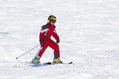 Downhil di corsa con gli sci della bambina Immagine Stock Libera da Diritti