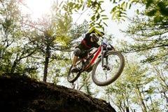 Free Downhill Mountain Biking Royalty Free Stock Photography - 169963777