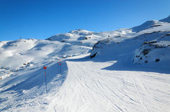 Downhills in the winter Pyrenees Royalty Free Stock Photography
