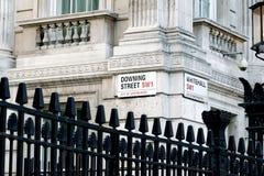 Downing Street unterzeichnen herein Westminster Lizenzfreie Stockfotografie