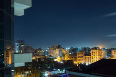Downtowm Dar Es Salaam bij Nacht royalty-vrije stock foto