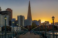 Downtown San Francisco and the Transamerica Pyramid at Chrismas Royalty Free Stock Images