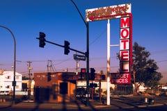 Downtowner motel dziejowy podpisuje wewnątrz Fremont okręgu Zdjęcia Stock