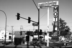 Downtowner motel dziejowy podpisuje wewnątrz Fremont okręgu Obraz Royalty Free