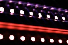 dowodzony pasek, oświetlenie, światło, diody, błękitna dioda, żółta dioda, jaskrawi światła, łuna, migotanie, małe żarówki, lampy Obrazy Stock