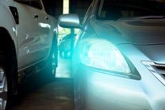 Dowodzony reflektoru samochód dla klientów Zdjęcie Royalty Free