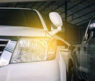 Dowodzony reflektoru samochód dla klientów Obrazy Stock