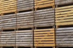 Dozen voor potatoeopslag Stock Foto