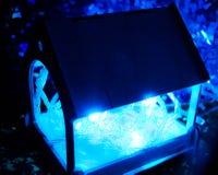 Dozownik z błękitnym światłem Zdjęcia Stock