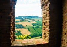 Dozza, Italië 21 Juli 2018: een mening over de heuvels Stock Afbeelding