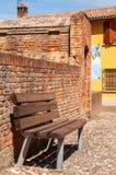 Dozza Italia: Dettaglio antico della porta del castello Citt? della regione di Emilia Romagna famosa per i suoi murali e per il c fotografie stock