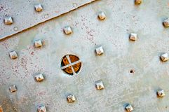 Dozza Italien: Altes Schloss-Tür-Detail lizenzfreie stockbilder
