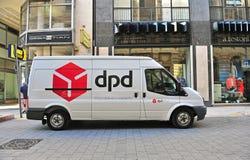 DPD-van in de straat van Boedapest Royalty-vrije Stock Fotografie