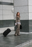 Déplacement de femme d'affaires Photographie stock libre de droits