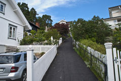 Drøbak (narrow road and steep slopes) Royalty Free Stock Photos