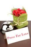 Drängen Sie auf Liebes-Zeichen im Hotel lizenzfreie stockbilder