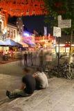 Drängen Sie partying, Nachtleben in Eindhoven, die Niederlande lizenzfreie stockbilder