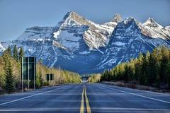 Dröm- väg, Kanada, Jasper Nation Park, arkivbild