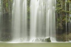 Drömlik Llanos de Cortés vattenfall Royaltyfria Foton