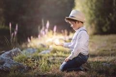 drömlik pojke Royaltyfria Bilder
