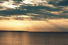 drömlik solnedgång Arkivbild
