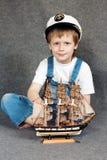 drömma model ship för barn royaltyfri fotografi