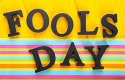 Drücken Sie ` Dummkopf-Tag-` auf Farbhintergrund aus Lizenzfreies Stockbild