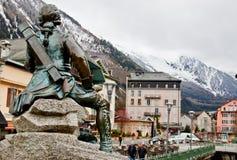 Dr. het standbeeld van Gabriel Michel Paccard, Chamonix, Frankrijk Stock Foto's