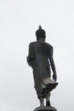 Dra tillbaka av Buddha inställningen av att övertala släktingarna inte till q Fotografering för Bildbyråer