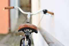 Dra tillbaka av en gammal cykel Arkivfoton