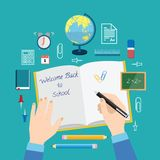 Dra tillbaka till böcker för uppsättningen för symbolen för vektorn för skolalägenhetstil royaltyfri illustrationer