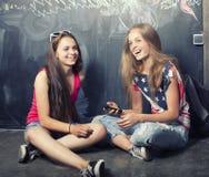 Dra tillbaka till skolan efter sommarsemestrar fotografering för bildbyråer