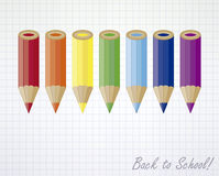 Dra tillbaka till skolan färgade blyertspennor bakgrund Arkivbilder